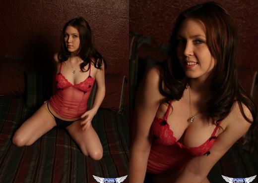Megan Loxx - Pink Lingerie - SpunkyAngels - Solo Picture Gallery