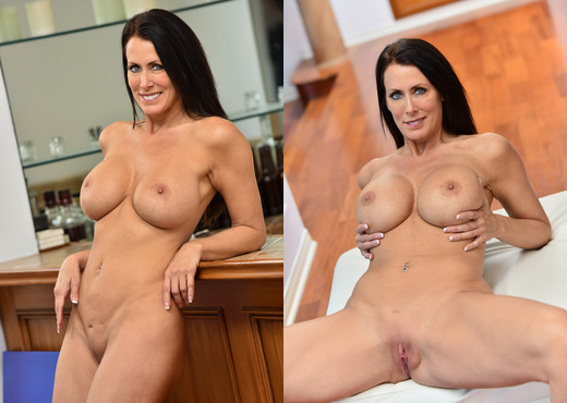 Reagan - Panty Stuffing - FTV Milfs - MILF Sexy Photo Gallery