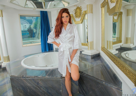 Agatha Vega - Wet Pussy - Nubiles - Teen Picture Gallery
