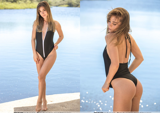 Meet Me By The Lake - Natalia E. - Femjoy - Solo Nude Pics