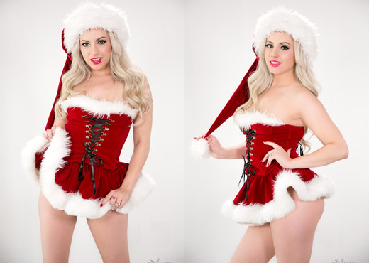 Lexi Belle - Santa Is a Woman - Girlsway - Solo Image Gallery
