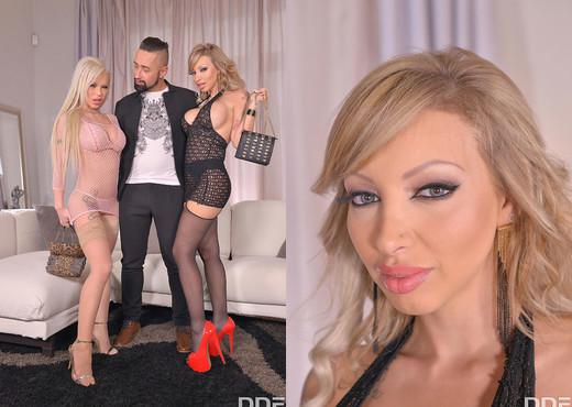 Barbie Sins, Marika Vitale - Xmas Vixens Jizzed On - Feet Nude Pics