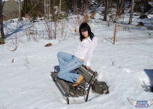 Emily Love - In The Snow - SpunkyAngels - Solo HD Gallery