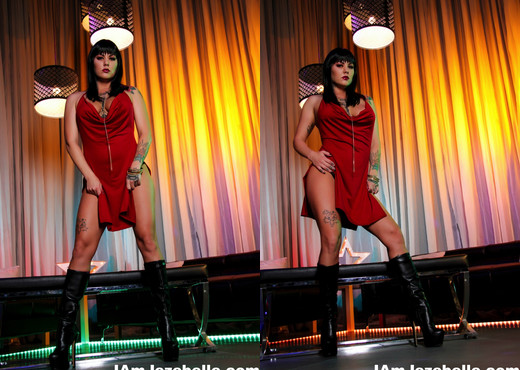 Busty Jezebelle gets nude at the club - Jezebelle Bond - Solo Image Gallery