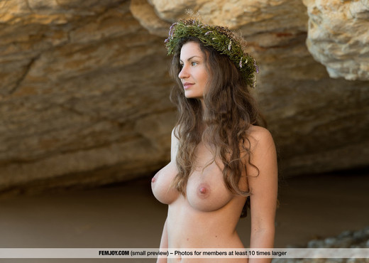 A New Beginning - Susann - Femjoy - Solo Sexy Photo Gallery