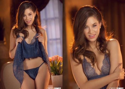 Shyla Jennings - Shyla Wears Sexy Lingerie - Cherry Pimps - Solo TGP