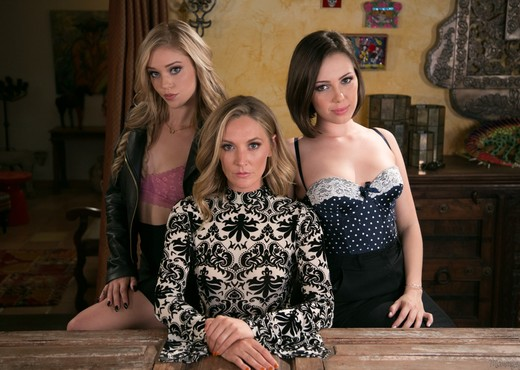Jenna Sativa, Mona Wales, Kali Roses - The Family Business - Lesbian HD Gallery