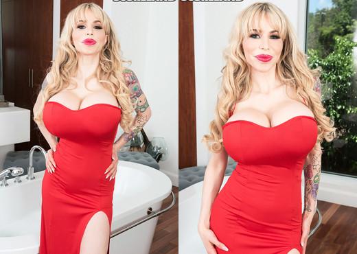 MILF pornstar Danielle Derek and her fake titties take it hard from big cock № 624134  скачать