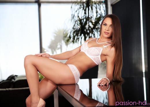 Veronika Clark - Finding Anal - Passion HD - Hardcore Nude Pics
