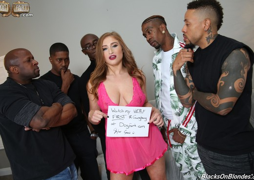 Skylar Snow - Blacks On Blondes - Interracial HD Gallery