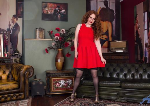 Amy C - Natural Redhead - Anilos - MILF TGP