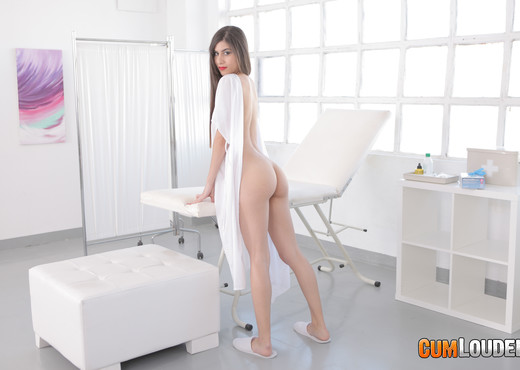 Anya Krey - Krey's Analtomy - CumLouder - Anal Porn Gallery