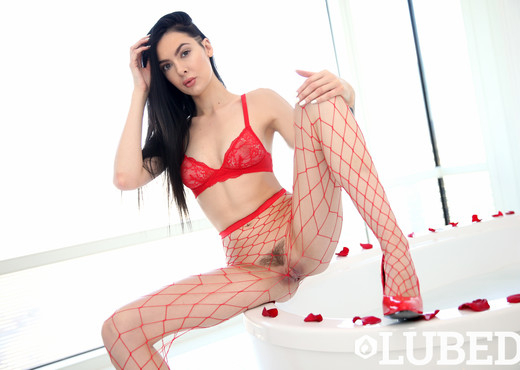Marley Brinx - Wet Valentine - Lubed - Hardcore HD Gallery