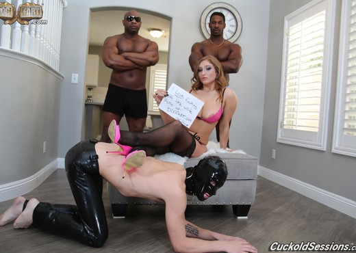 Skylar Snow - Cuckold Sessions - Interracial Hot Gallery