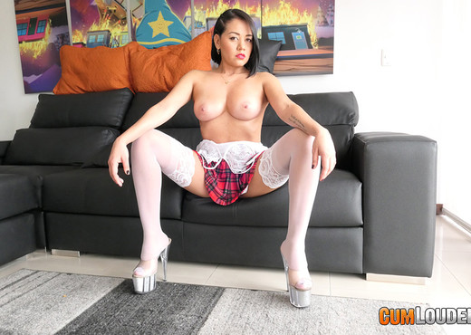 X Lady - Broadcasting from Colombia - CumLouder - Hardcore Nude Pics
