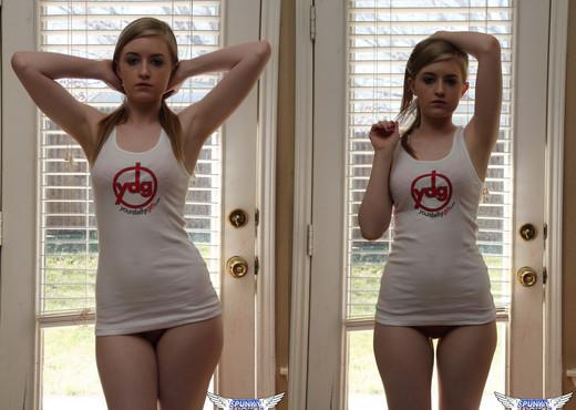 Mandy Roe - In The Window - SpunkyAngels - Solo Nude Pics