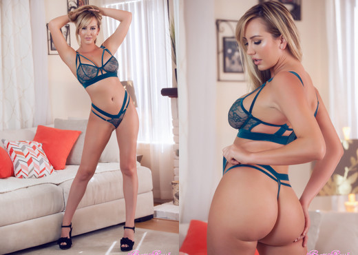 Brett Rossi - Oh, this little thing ? - Solo Porn Gallery
