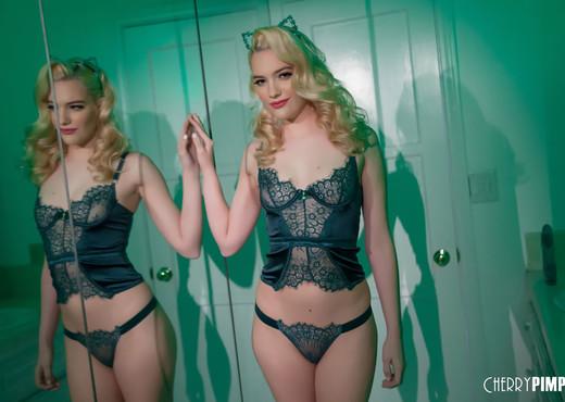 Kenna James - Celebrate St Patricks Day with Kenna - Toys Sexy Photo Gallery
