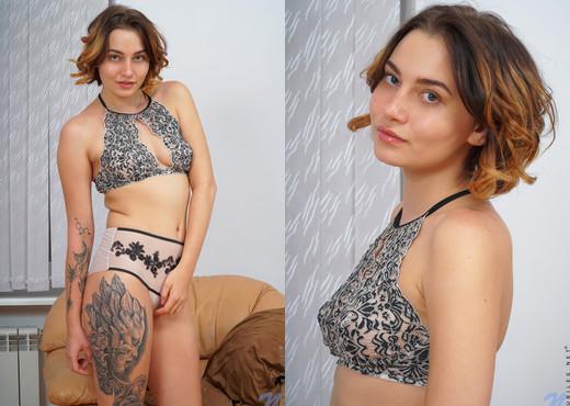 Cheyenne Blue - Creamy Teen - Nubiles - Teen Porn Gallery