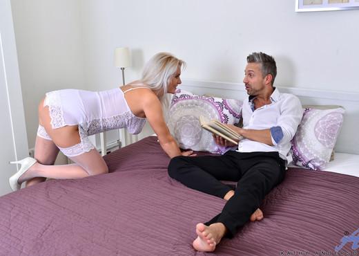 Kathy Anderson - Hardcore - Anilos - MILF Nude Pics