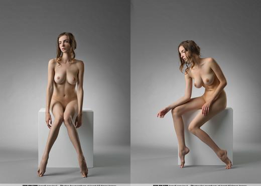 Marvellous - Mariposa - Femjoy - Solo Sexy Photo Gallery