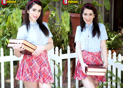 Joseline Kelly - Bodacious Schoolgirl - 18eighteen - Teen Sexy Gallery