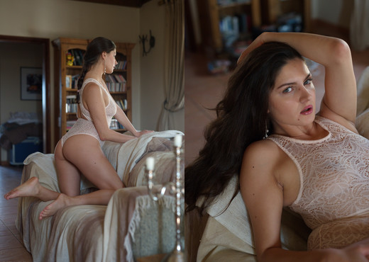 Francesca Dicaprio - Jewel - Girlfolio - Solo Hot Gallery