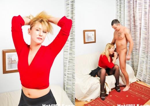 Kinky MILF Anna enjoys a good fucking - Hot 4 MILF - MILF TGP