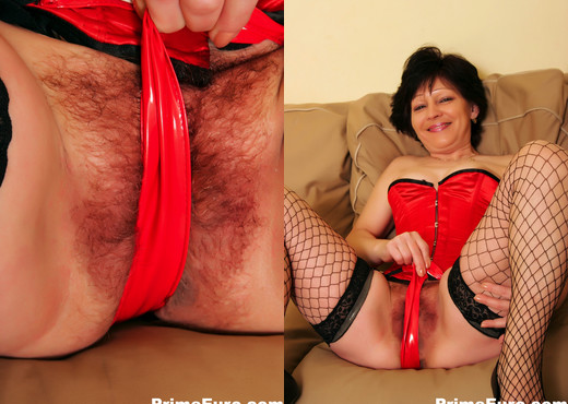 Brunette granny gets a good fucking from a younger man - MILF Hot Gallery