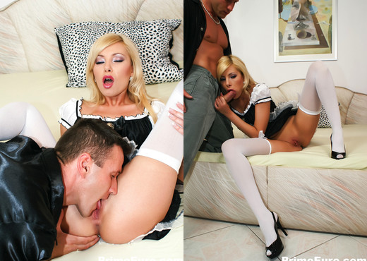 Beautiful Donna Bell gets anally fucked on the bed - Anal Nude Pics