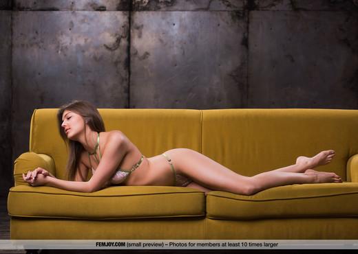Hello - Lindsey T. - Femjoy - Solo Porn Gallery