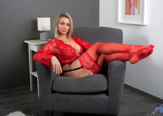 Queenie - Red Lingerie - Anilos - MILF TGP