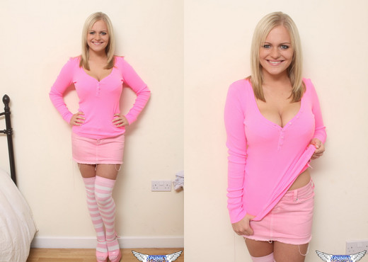 Charley - All Pink - SpunkyAngels - Solo Nude Pics