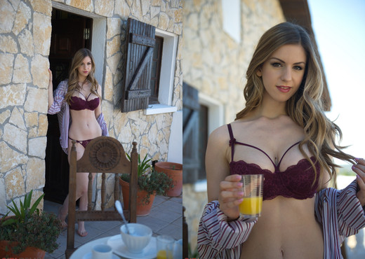 Breakfast With Stella Cox - Girlfolio - Solo Nude Gallery