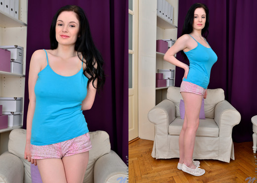 Angel Princess - Big Tit Teen - Nubiles - Teen HD Gallery
