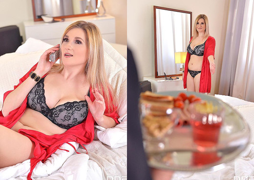 Auddi - Room Service For Busty Pleasures - Hardcore Image Gallery