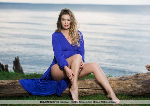 Goddess - Edessa G. - Femjoy - Solo Picture Gallery