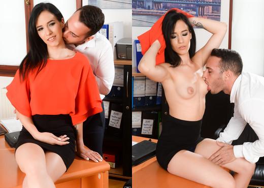 Nikki Fox, Raul Costa - Desk And High Heels - 21Sextury - Hardcore Nude Gallery