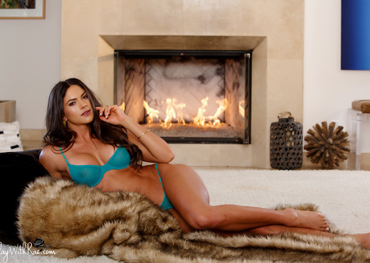 Sex By The Fire - Aspen Rae - Solo Nude Pics