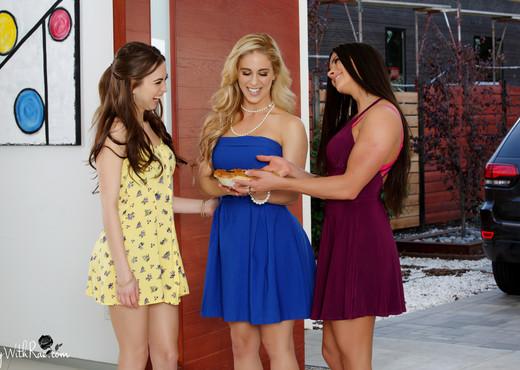 Cherie DeVille, Aspen Rae - Sweet Cherie Pie - Lesbian TGP