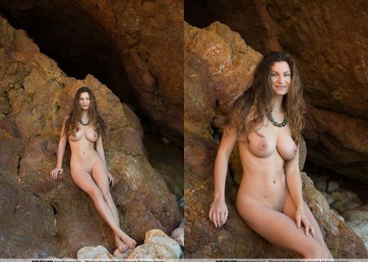 Explore - Susann - Femjoy - Solo Picture Gallery