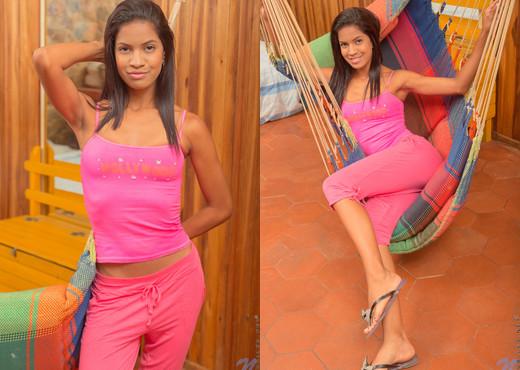 Jennifer Linarez - Exotic Angel - Nubiles - Teen Nude Pics
