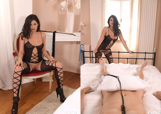 Coco De Mal - Desires of a Dominatrix - Blowjob Image Gallery