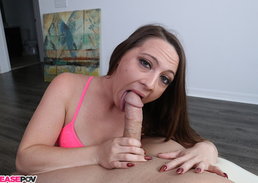 Taylor Pierce: Morning Blowjob - Tease POV - Blowjob Image Gallery
