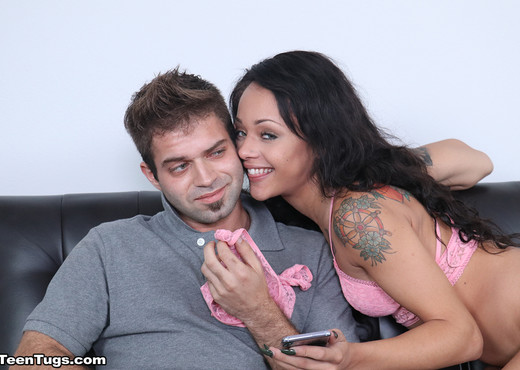 Holly Hendrix: Step Sis Busted - Teen Tugs - Teen Porn Gallery