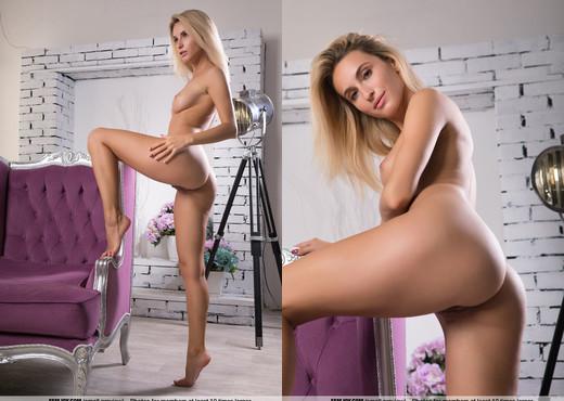 Muse - Rena - Femjoy - Solo Nude Pics