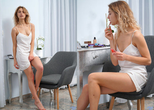 Clarise - Caress - Nubiles - Teen Picture Gallery