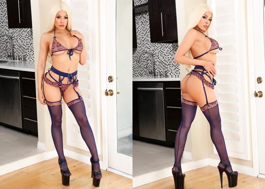 Luna Star - Big-Boob Blonde Latina Luna Loves Anal - Anal Picture Gallery