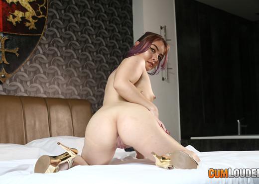 Kathy Violeta - Sassy housemaid - CumLouder - Interracial Sexy Gallery