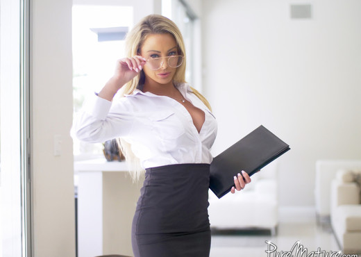 Isabelle Deltore - Forbidden Fruit - Pure Mature - MILF Sexy Gallery